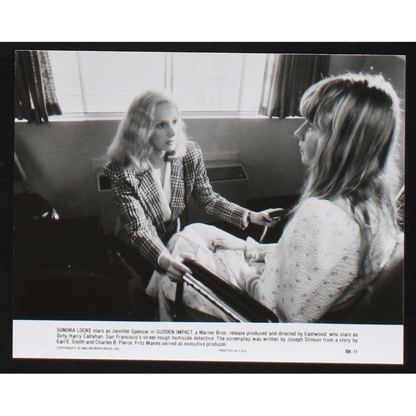 SUDDEN IMPACT US Movie Still N8 8x10 - 1983 - Clint Eastwood, Sondra Locke