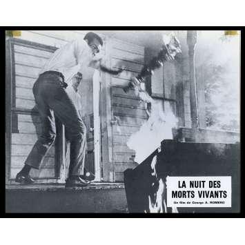 NIGHT OF THE LIVING DEAD French Lobby card N9 9x12 - 1968 - George A. Romero, Duane Jones