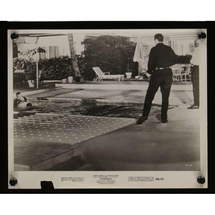 THUNDERBALL US Movie Still N2 8x10 - R1968 - James Bond, Sean Connery