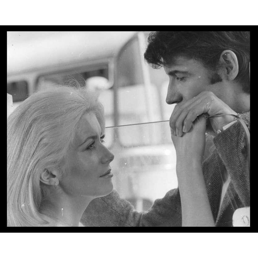 LA CHAMADE Photo de presse N18 20x25 - 1968 - Catherine Deneuve, Françoise Sagan