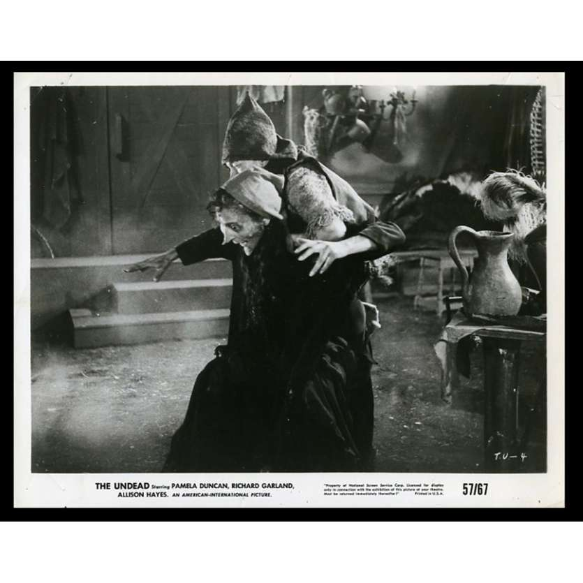 THE UNDEAD Photo de presse 20x25 - 1957 - Pamela Duncan, Roger Corman