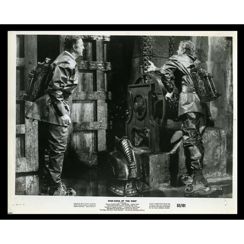 THE CITY UNDER THE SEA Photo de presse 20x25 - 1965 - Vincent Price, Jacques Tourneur