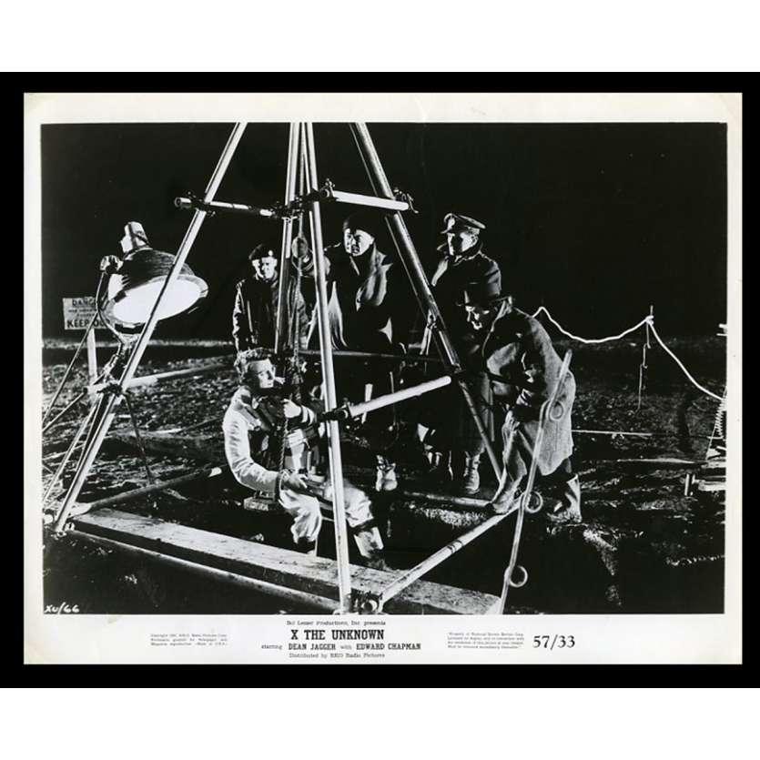 X THE UNKNOWN Photo de presse 20x25 - 1957 - Dean Jagger, Joseph Losey, Hammer