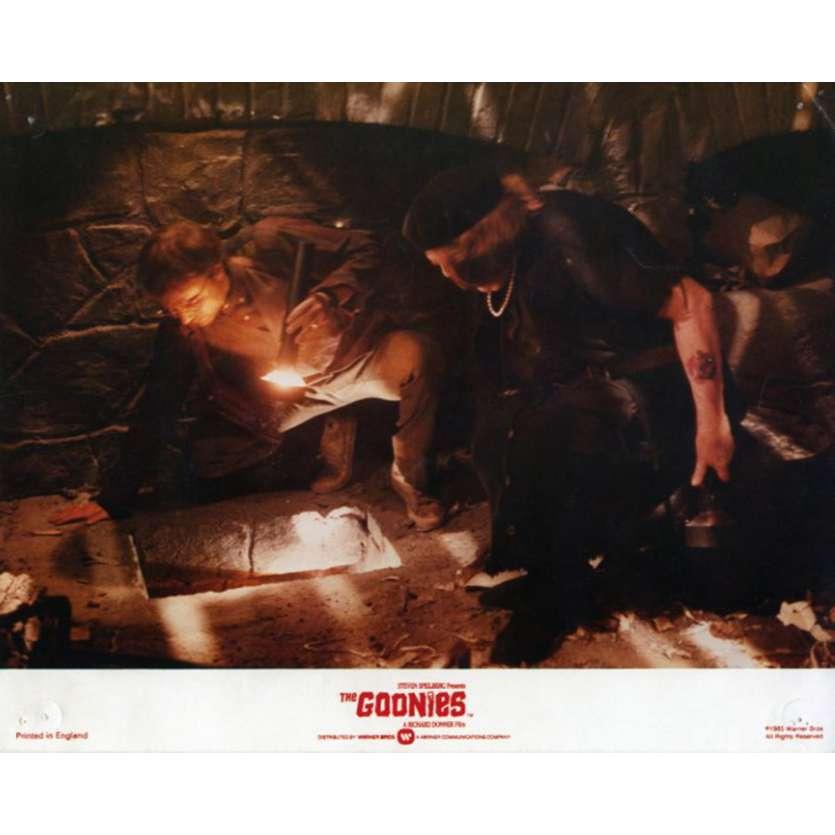 THE GOONIES US Lobby Card 8x10 - 1985 - Richard Donner, Sean Astin