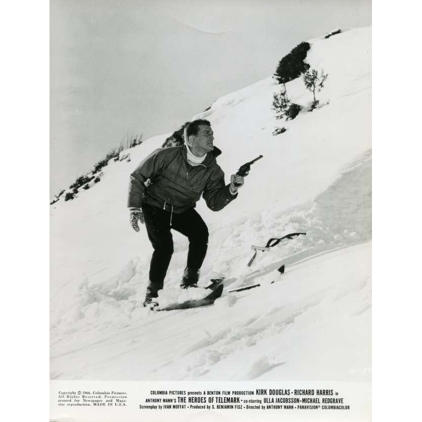THE HEROES OF TELEMARK Movie Still N1 8x10 in. USA - 1966 - Anthony Mann, Kirk Douglas