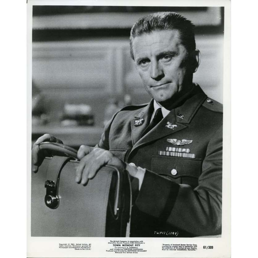 TOWN WITHOUT PITY Photo de presse 20x25 cm - 1961 - Kirk Douglas, Gootfried Reinhardt