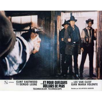 FOR A FEW DOLLARS MORE Lobby Card N6 9x12 in. French - 1965 - Sergio Leone, Clint Eastwood
