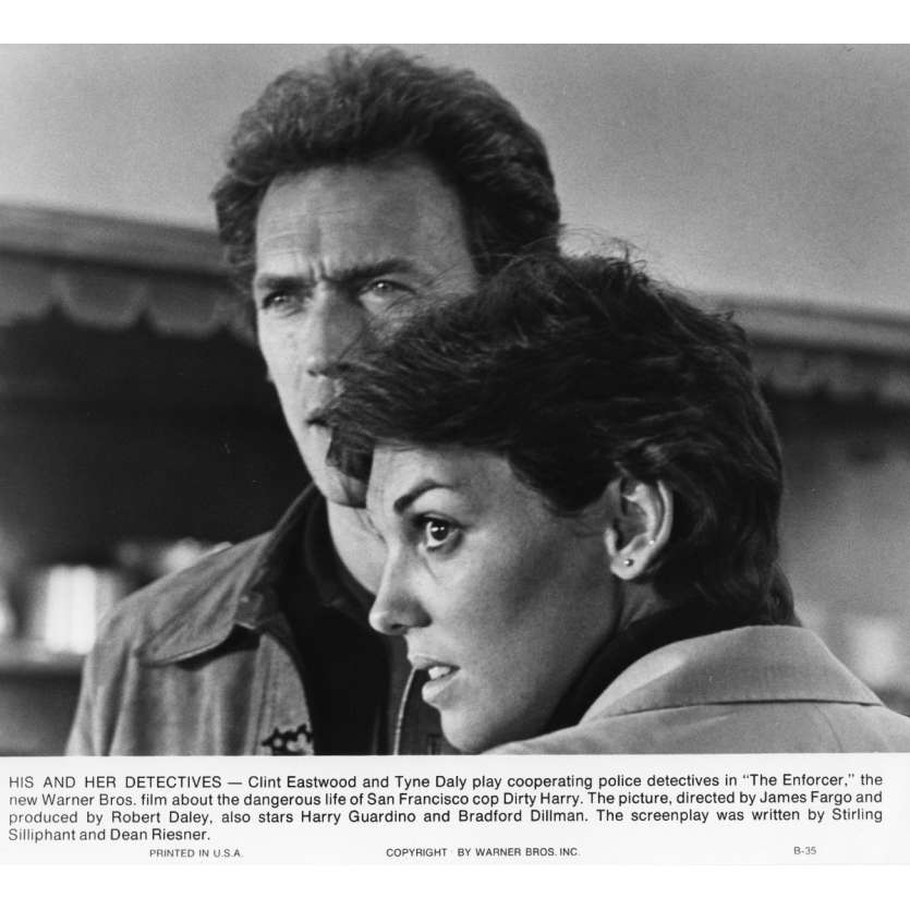 THE ENFORCER Movie Still N2 8x10 in. USA - 1976 - James Fargo, Clint Eastwood