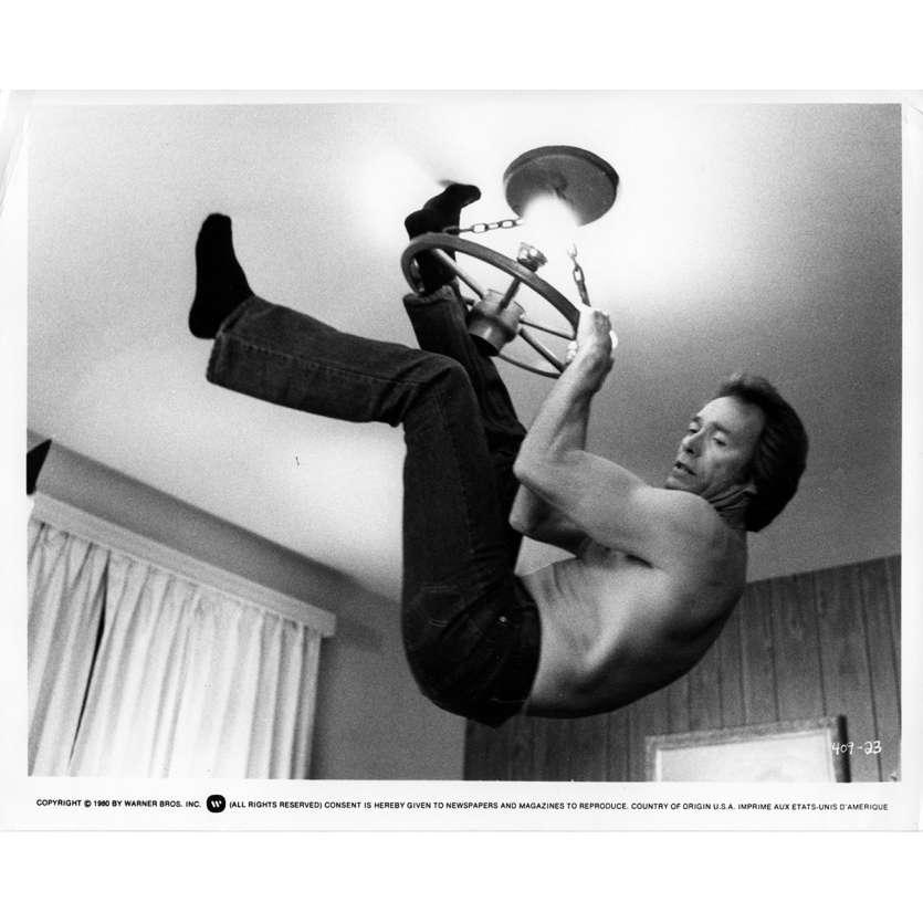 DOUX DUR ET DINGUE Photo de presse N3 20x25 cm - 1978 - Sondra Locke, Clint Eastwood