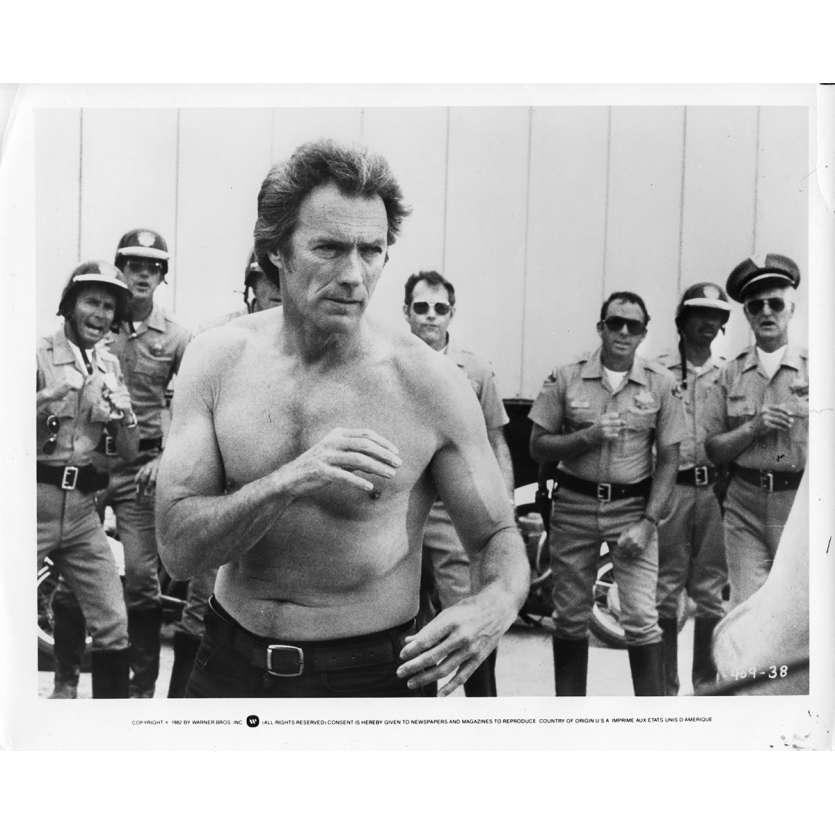 DOUX DUR ET DINGUE Photo de presse N1 20x25 cm - 1978 - Sondra Locke, Clint Eastwood