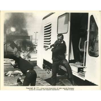 DIAMONDS ARE FOREVER Movie Still N5 8x10 in. USA - 1971 - Guy Hamilton, Sean Connery