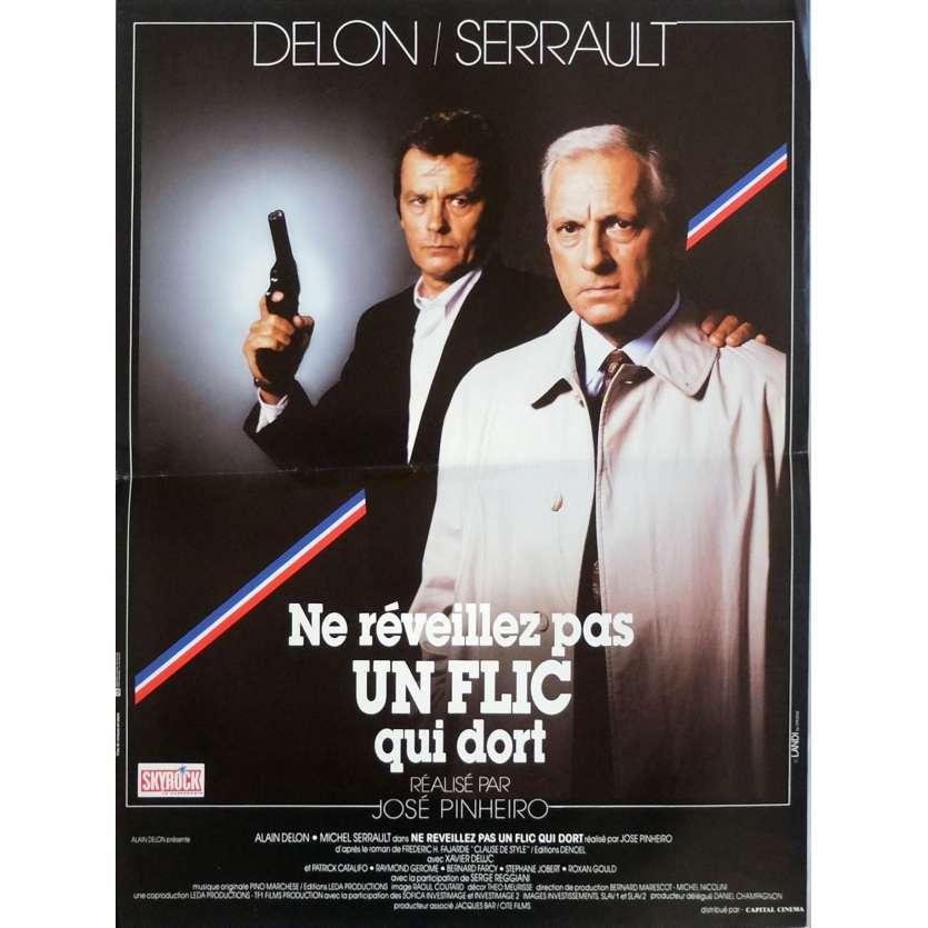 NE REVEILLEZ PAS UN FLIC QUI DORT Affiche de film 40x60 cm - 1988 - Alain Delon, José Pinheiro