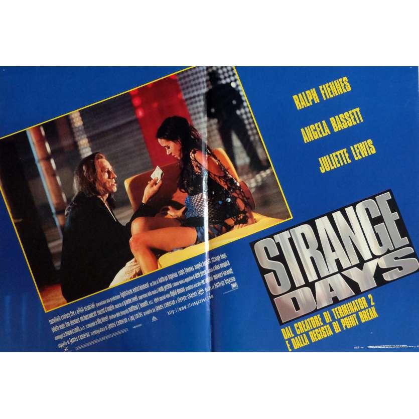 STRANGE DAYS Photobusta Poster N1 18x26 in. Italian - 1995 - Kathryn Bigelow, Ralph Fiennes