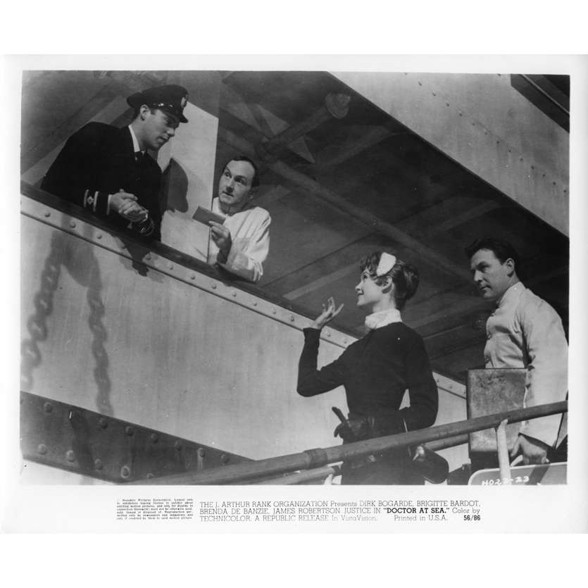 RENDEZ-VOUS A RIO Photo de presse N6 20x25 cm - 1955 - Brigitte Bardot, Ralph Thomas