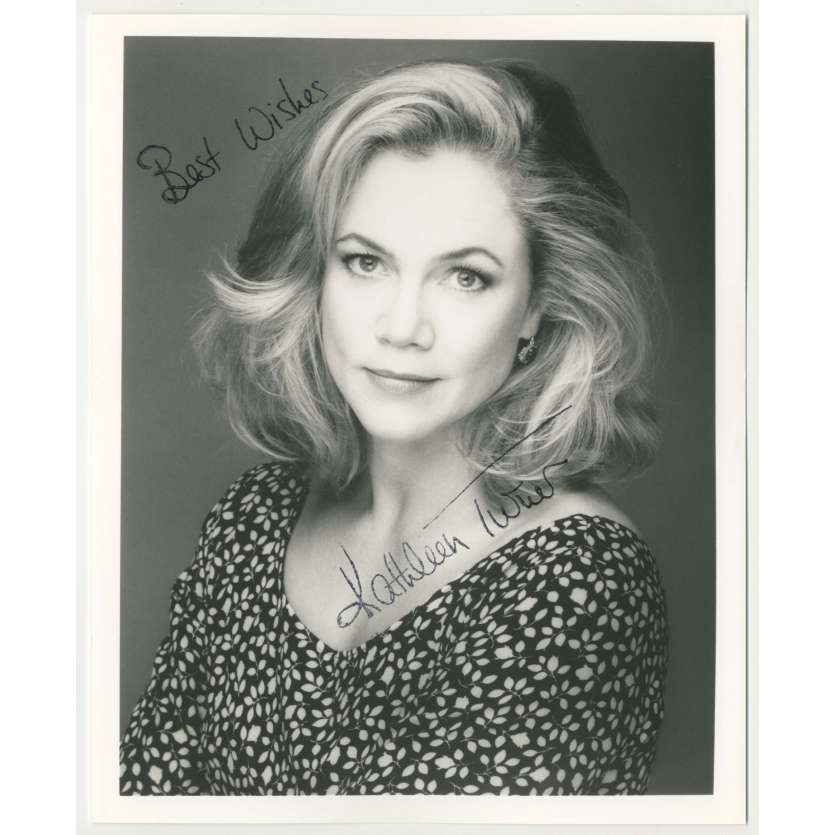 KATHLEEN TURNER Signed Photo 8x10 in. - 1980's