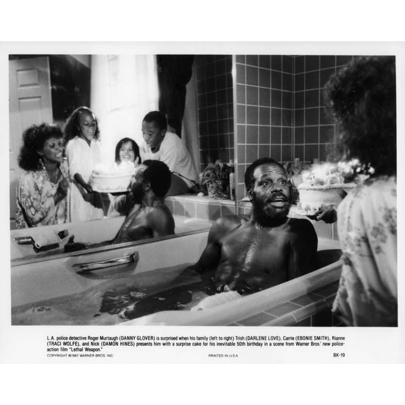 LETHAL WEAPON Movie Still N05 8x10 in. - 1987 - Richard Donner, Mel Gibson