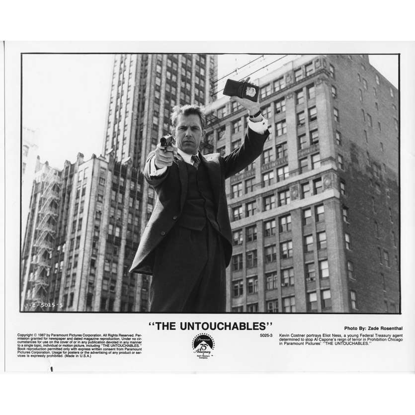 LES INCORRUPTIBLES Photo de Presse N2 US 1987 Kevin Costner, De Palma