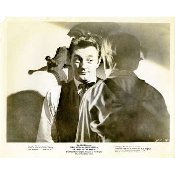 THE NIGHT OF THE HUNTER Movie Still N02 8x10 in. - 1955 - Charles Laughton, Robert Mitchum