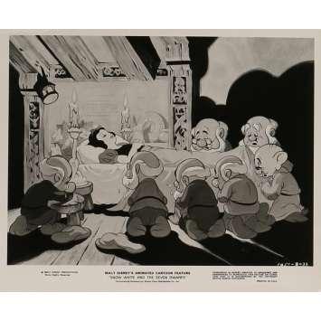 BLANCHE NEIGE ET LES 7 NAINS Photo de presse N07 24x30 cm - R1975 - Walt Disney, Walt Disney