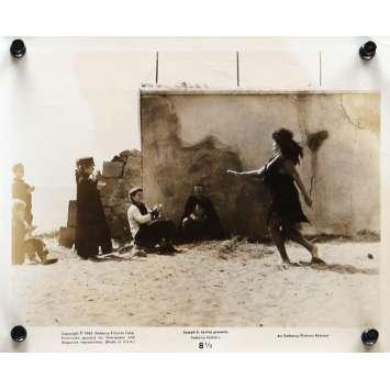 HUIT ET DEMI Photo de presse N02 20x25 cm - 1963 - Marcello Mastroianni, Federico Fellini