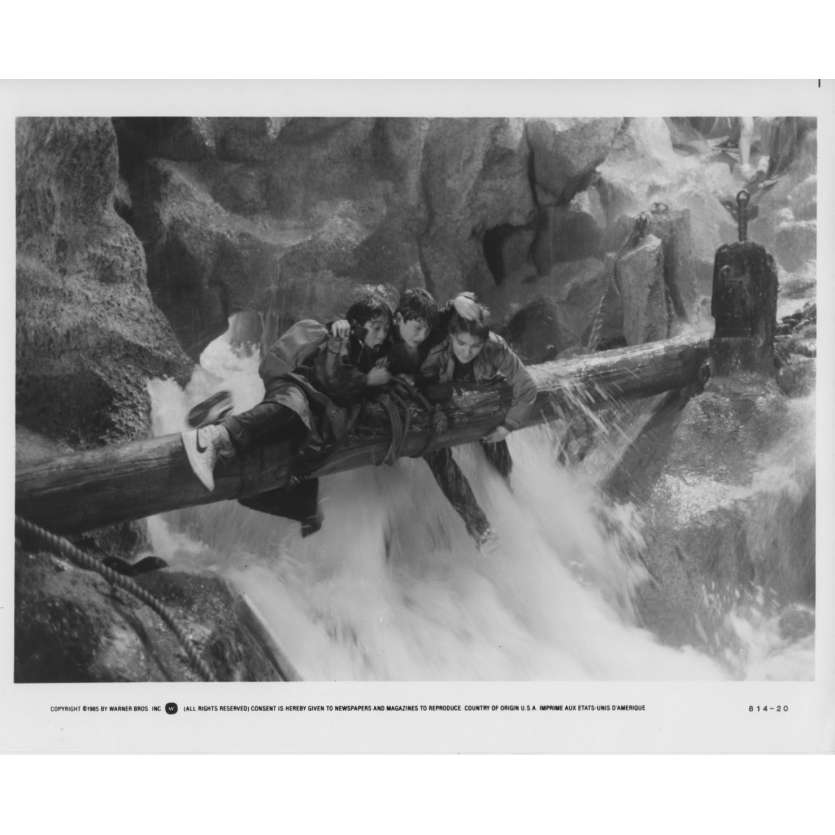 GOONIES Photo de presse US '85 Steven Spielberg Richard Donner Still N3