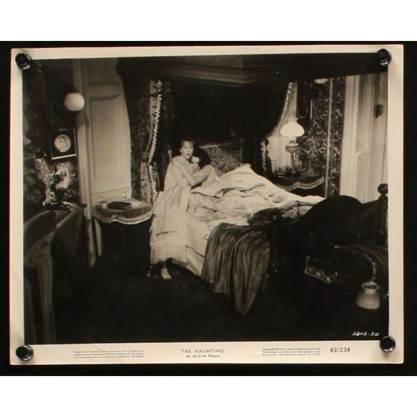 HAUNTING 8x10 still N2 '63 Julie Harris, Claire Bloom, Richard Johnson, Russ Tamblyn