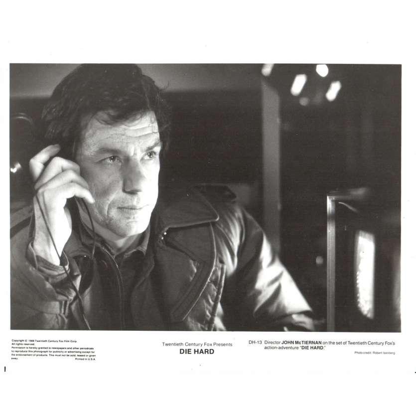 DIE HARD US Press Still 8x10- 1988 - John Mc Tiernan, Bruce Willis