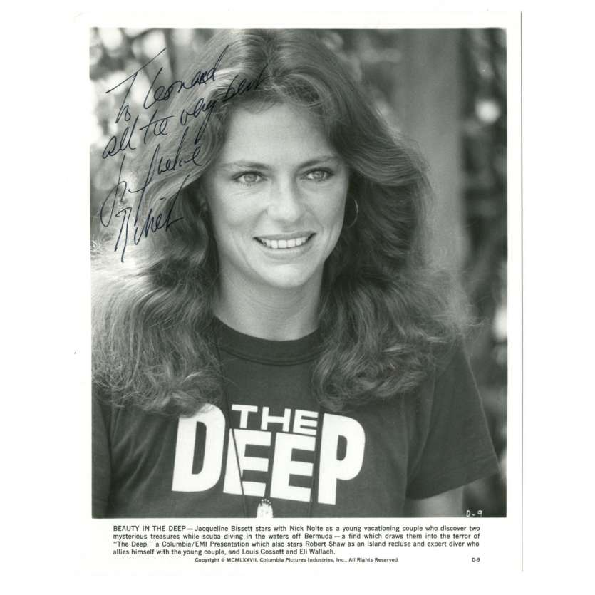 JACQUELINE BISSET Photo signée 20x25 - 1977 -
