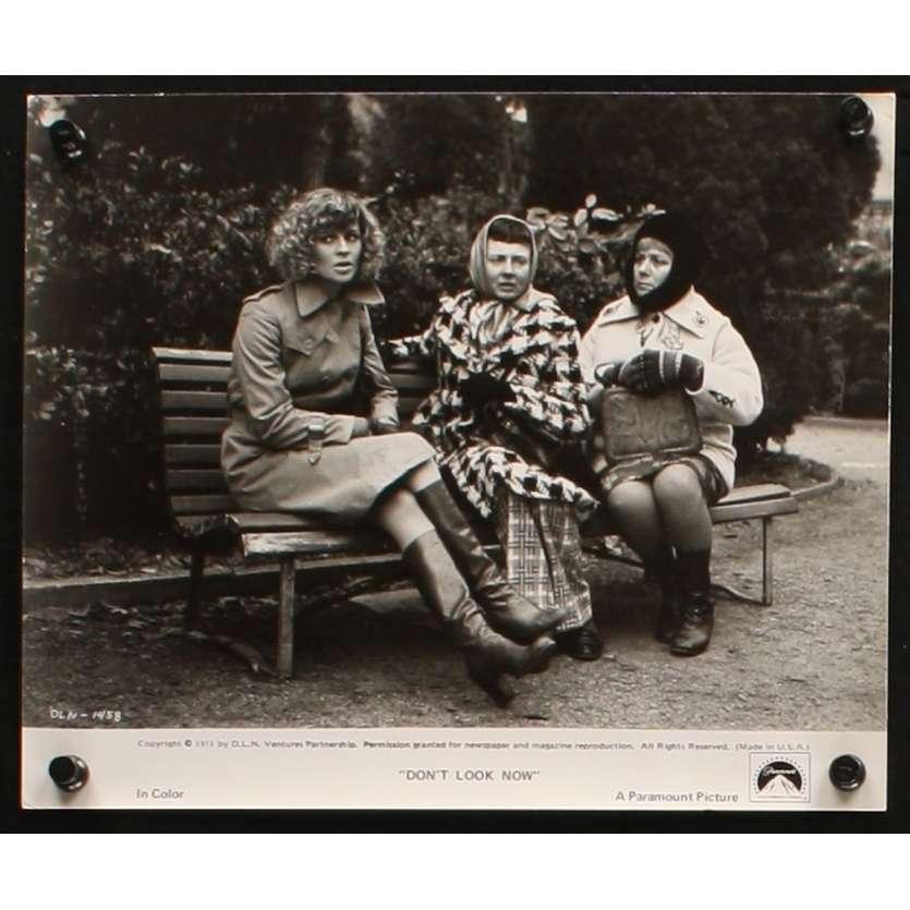 NE VOUS RETOURNEZ PAS Photo de film 1 20x25 - 1974 - Donald Sutherland, Nicholas Roeg