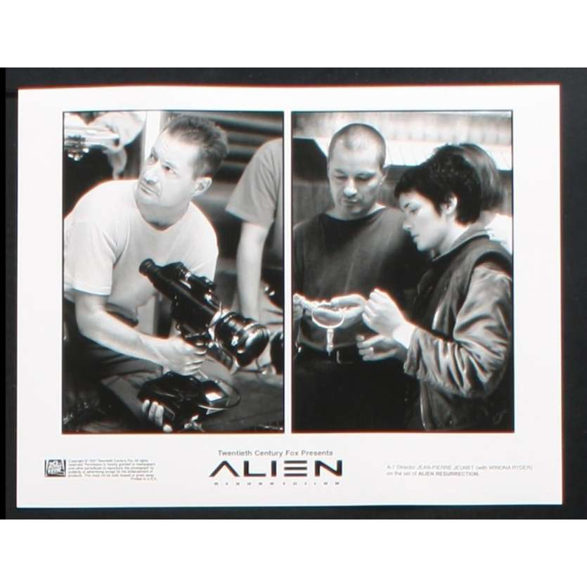 ALIEN RESURRECTION US Still 1 8x10 - 1997 - Jean-Pierre Jeunet, Sigourney Weaver