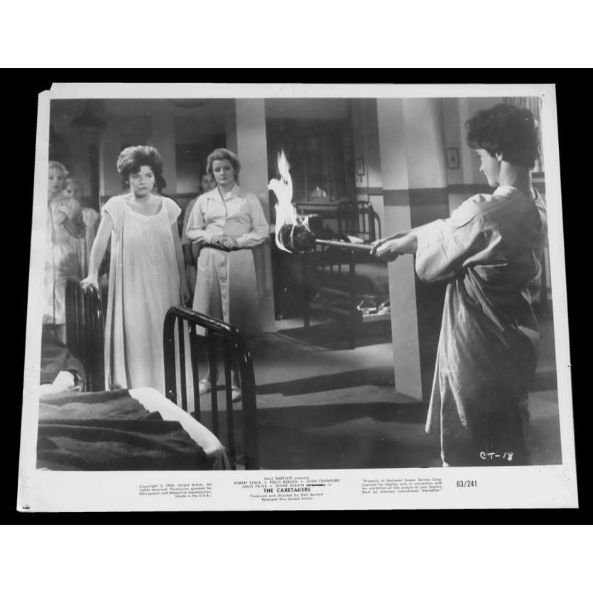 THE CARETAKERS US Press Still 8x10 - 1963 - Hall Bartlett, Robert Stack