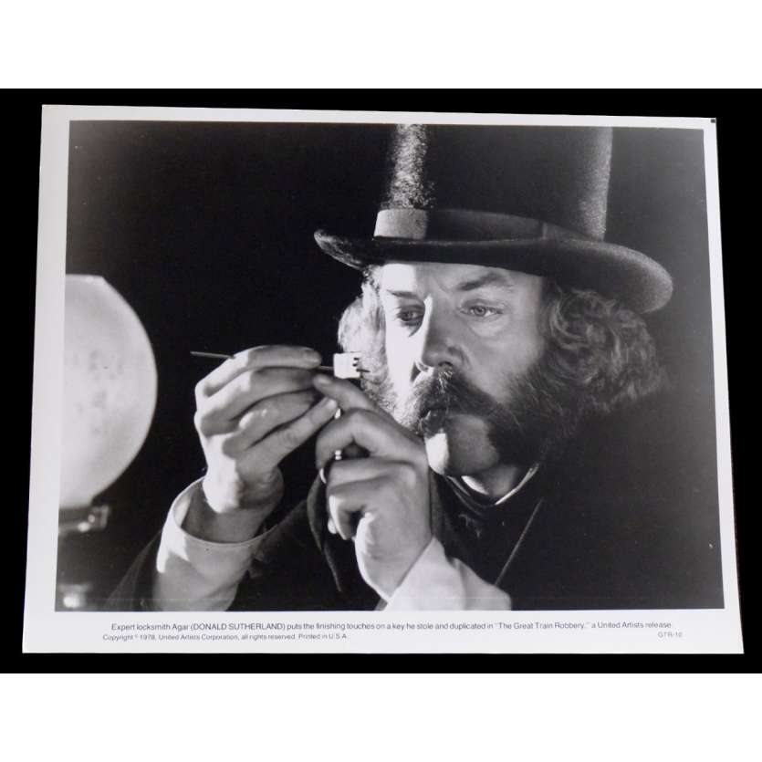 THE GREAT TRAIN ROBBERY US Press Still 8x10 - 1978 - Michael Crichton, Sean Connery