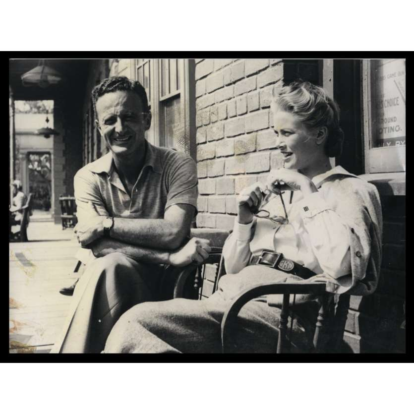 HIGH NOON Behind-the-scenes Still 8x10 - R1970 - Fred Zinnemann, Grace Kelly