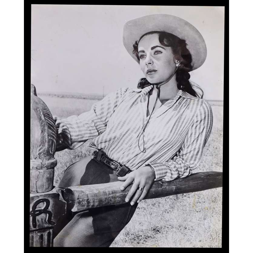 GIANT US Press Still N1 8x10 - R1970 - George Stevens, James Dean, Elisabeth Taylor
