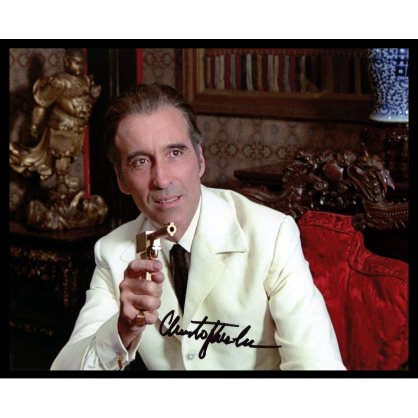 MAN WITH THE GOLDEN GUN US Signed Still 8x10 - 1980 - Guy Hamilton, Roger Moore, Christopher Lee