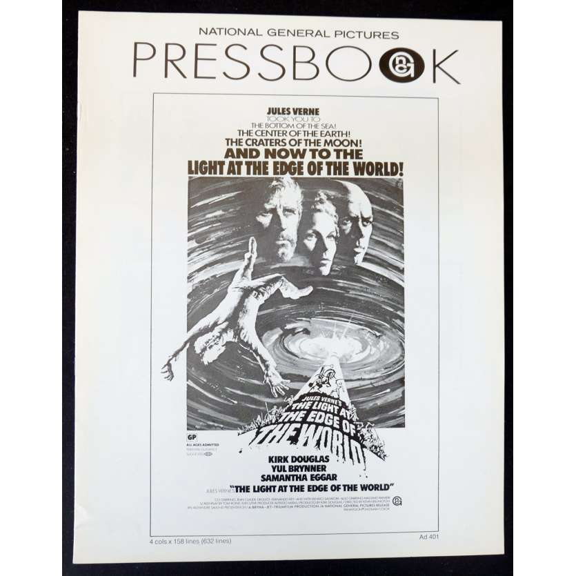 THE LIGHT AT THE EDGE OF THE WORLD US Pressbook 11x17 - 1971 - Jules Verne, Kirk Douglas, Yul Brynner