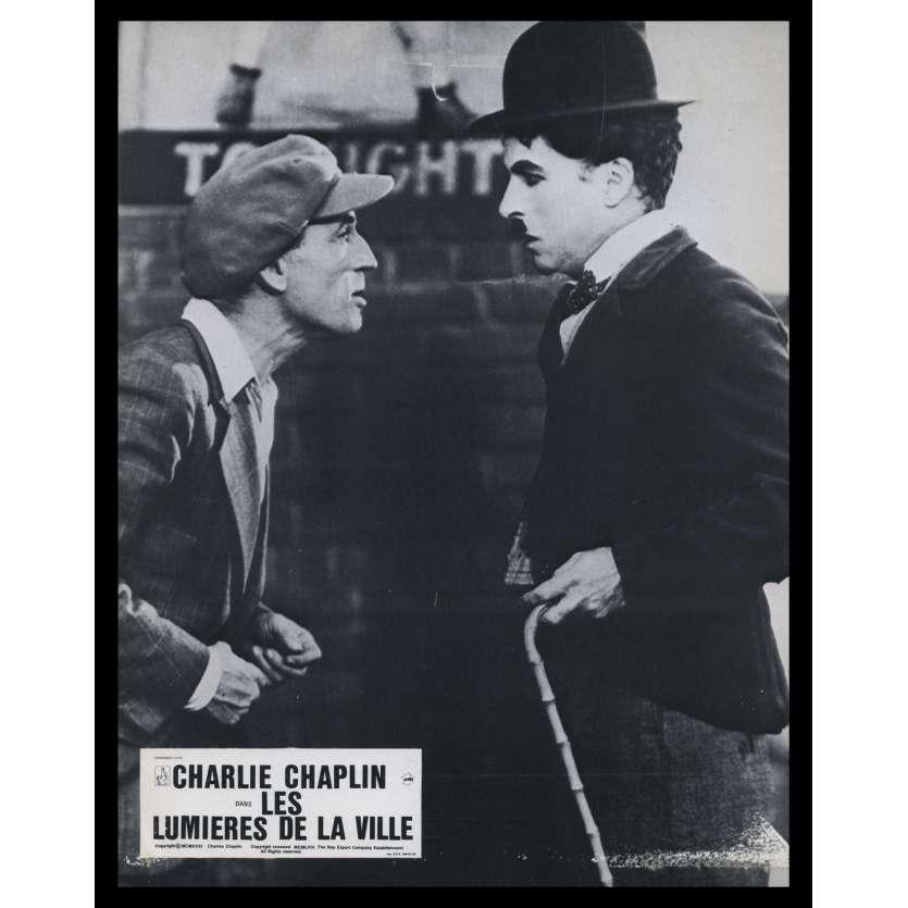 LES LUMIERES DE LA VILLE Photo de film N12 21x30 - R1967 - Virginia Cherill, Charlie Chaplin