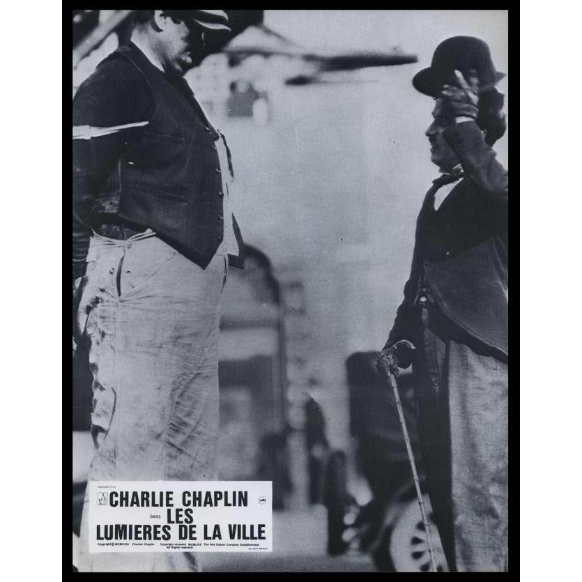 LES LUMIERES DE LA VILLE Photo de film N4 21x30 - R1967 - Virginia Cherill, Charlie Chaplin