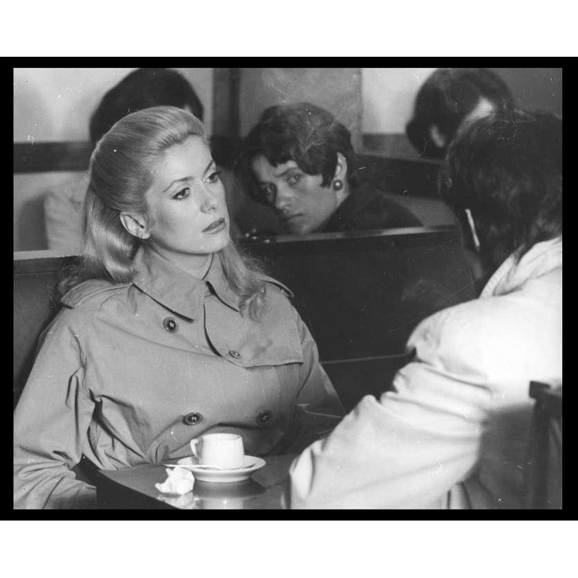LA CHAMADE Photo de presse N5 20x25 - 1968 - Catherine Deneuve, Françoise Sagan