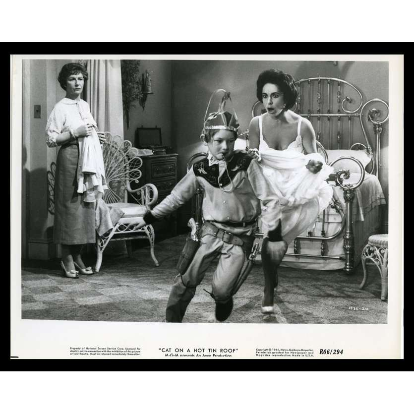 LA CHATTE SUR LE TOIT BRULANT Photo de presse N9 20x25 - 1966 - Paul Newman, Liz Taylor, Richard Brooks