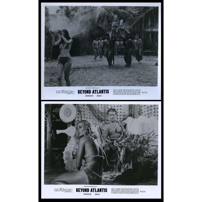 BEYOND ATLANTIS Photos de presse x2 20x25 - 1973 - Patrick Wayne, Eddie Romero