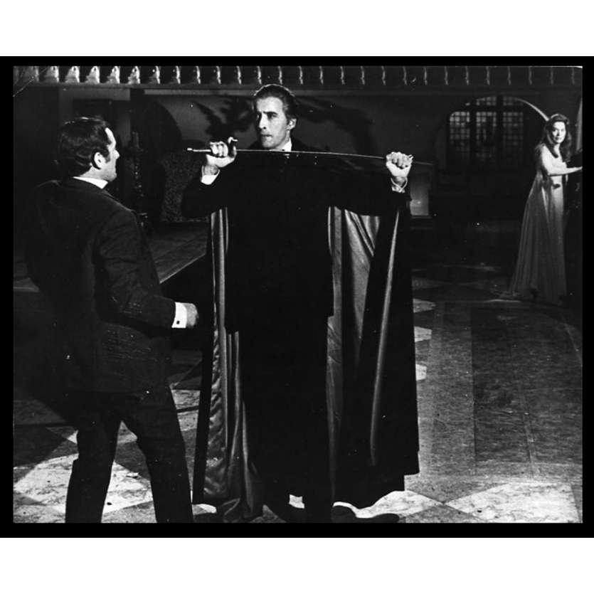 LE CAUCHEMAR DE DRACULA Photo de presse 20x25 - 1958 - Christopher Lee, Peter Cushing, Terence Fisher