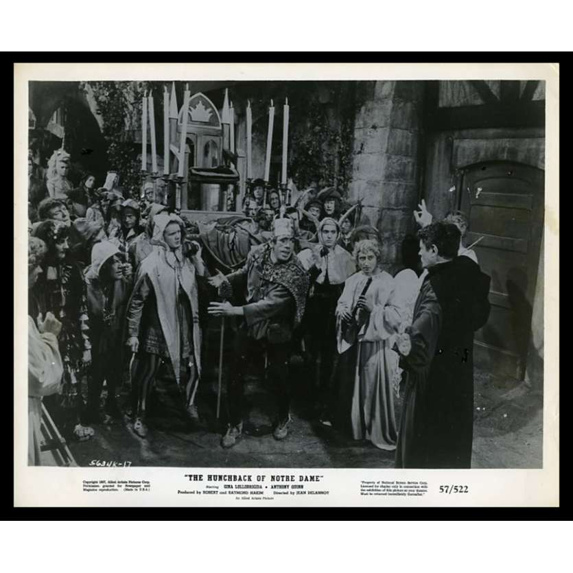 THE HUNCHBACK OF NOTRE DAME US Movie Still 8X10 - 1957 - Jean Delannoy, Gina Lollobrigida