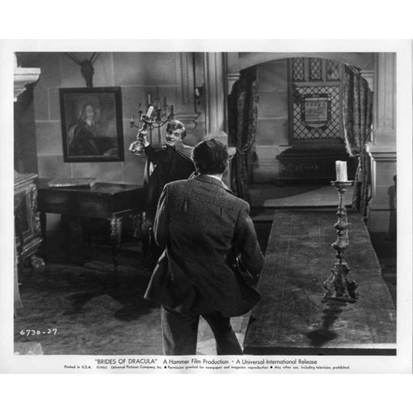 LES MAITRESSES DE DRACULA Photo de presse N2 20x25 - 1960 - Peter Cushing, Terence Fisher
