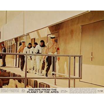 ESCAPE FROM THE PLANET OF THE APES Lobby Card N4 8x10 in. USA - 1971 - Don Taylor, Roddy McDowall
