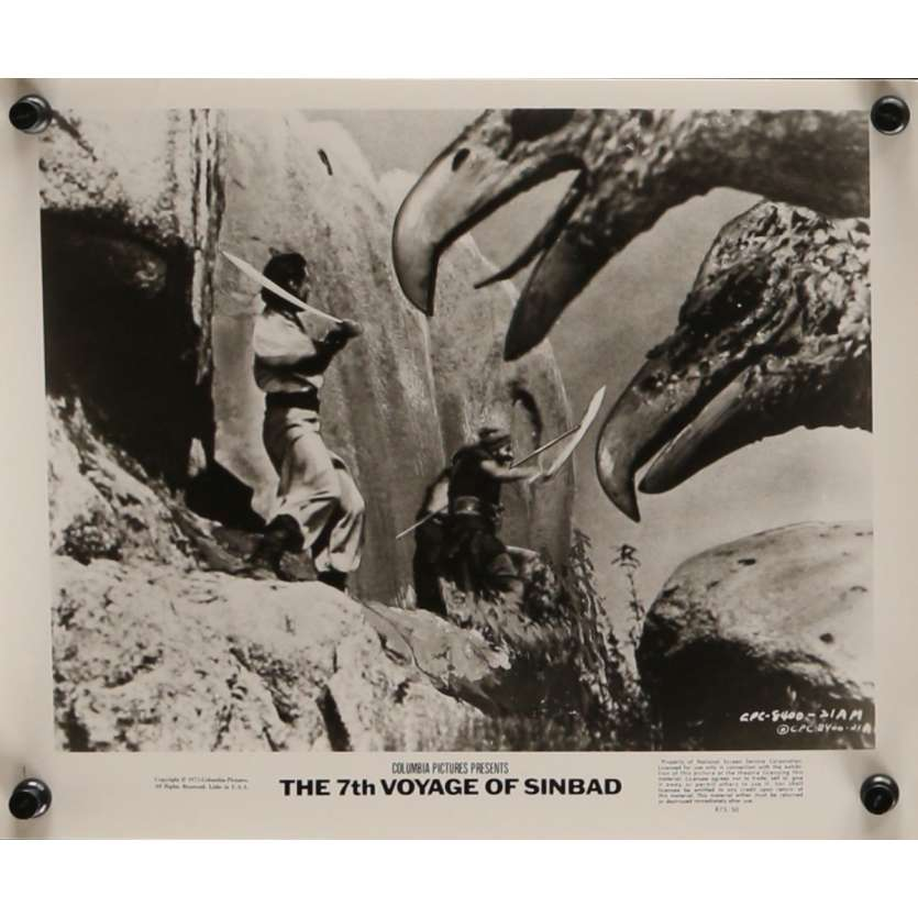 LE 7E VOYAGE DE SINBAD Photo de presse N5 20x25 cm - R1975 - Kervin Mathews, Ray Harryhausen