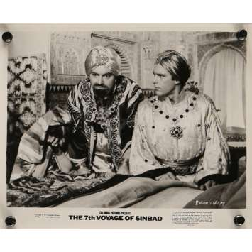 7th VOYAGE OF SINBAD Movie Still N4 8x10 in. USA - R1975 - Ray Harryhausen, Kervin Mathews