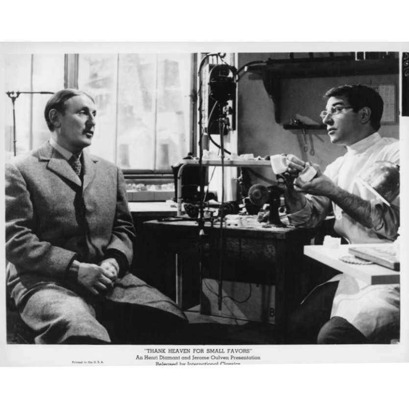 UN DROLE DE PAROISSIEN Photo de presse N14 20x25 cm - 1965 - Bourvil, Jean-Pierre Mocky