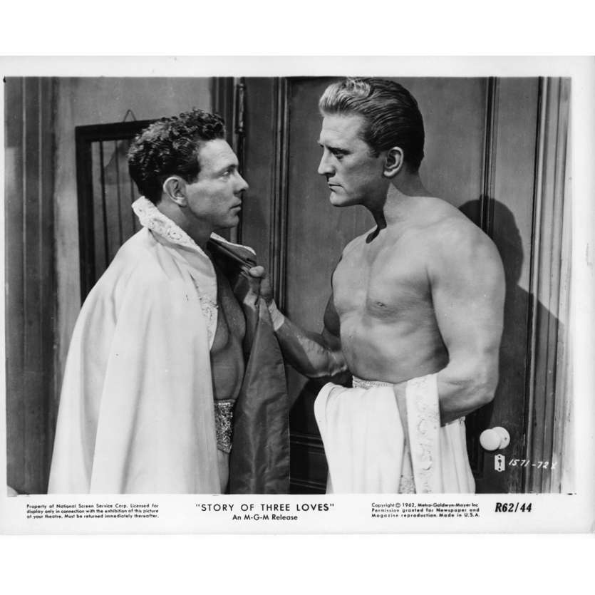 STORY OF THREE LOVE Movie Still N2 8x10 in. USA - 1953 - Vincente Minelli, Kirk Douglas
