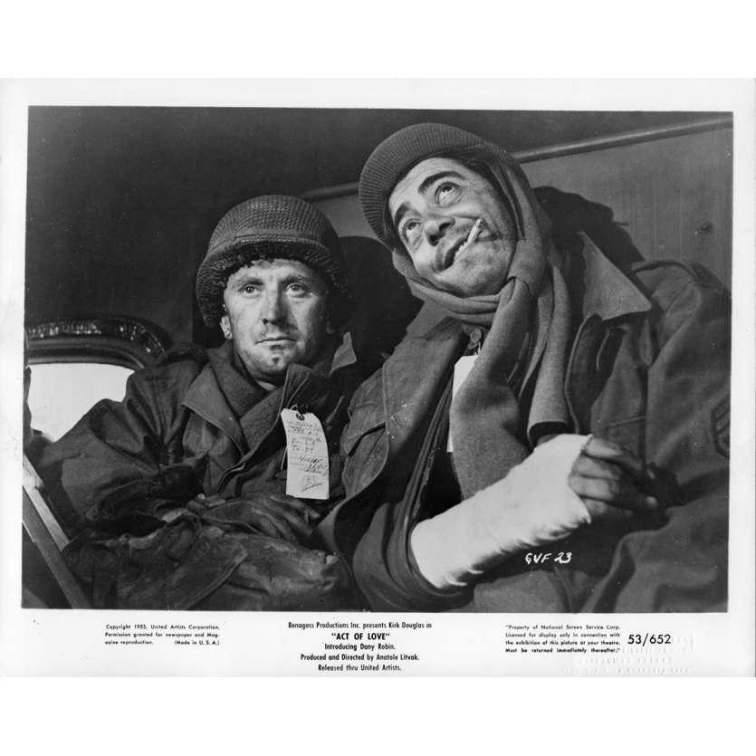 ACT OF LOVE Movie Still N1 8x10 in. USA - 1953 - Anatole Litvak, Kirk Douglas